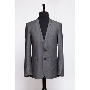 2-piece Gray Suit (Item No. 16)
